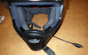Helmet photo from R.L. Lempe review of the MotoChello MotoRfPlus